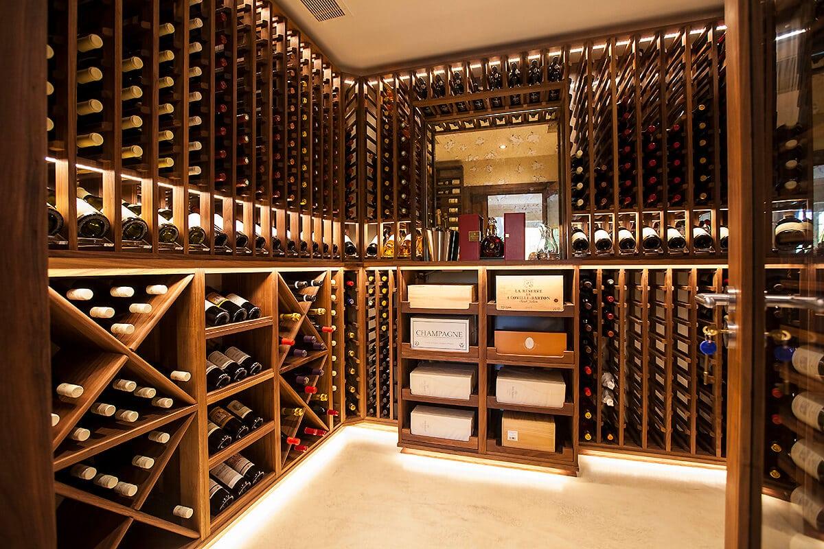 bespoke-wine-room-marlow-2 Những mẫu tủ rượu đẹp cho phòng khách sang trọng