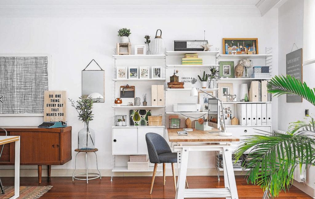 outstanding-home-office-ideas-collection-with-design-on-a-modern-and-chic-for-1024x649 [Tư vấn] Lựa chọn các mẫu bàn làm việc tại nhà