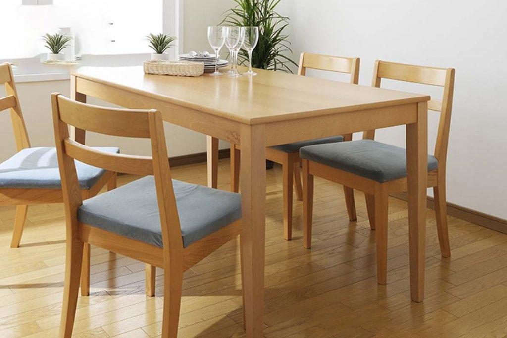 ban-an-go-soi-my-2-1024x683 Gỗ Sồi: Đặc trưng và ứng dụng của gỗ Sồi trong nội thất