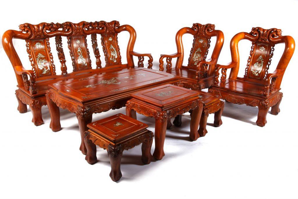 ban-ghe-go-gu-phong-khach-1024x683 [Kiến thức] Gỗ gụ là gì? Ứng dụng của gỗ gụ trong nội thất