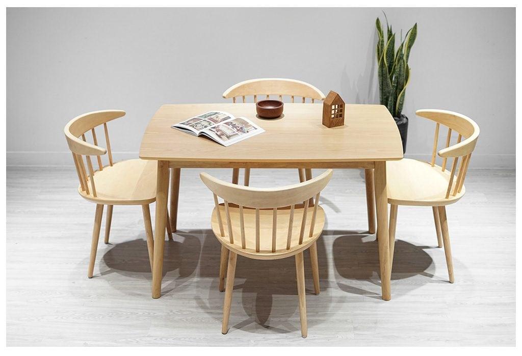 ban-ghe-go-soi-1024x699 Gỗ Sồi: Đặc trưng và ứng dụng của gỗ Sồi trong nội thất