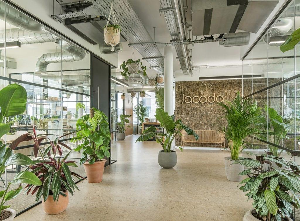 cac-mau-thiet-ke-noi-that-van-phong-hien-dai-hinh-1-1024x754 [Kiến thức] Thiết kế nội thất văn phòng chuẩn đẹp