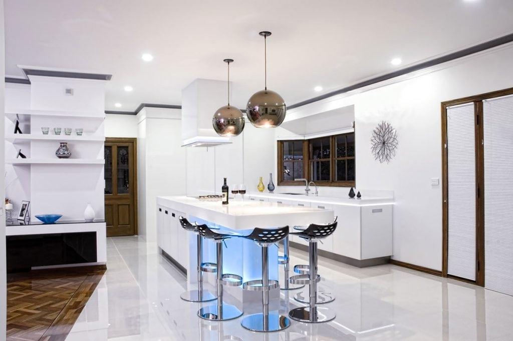 copper-sphere-pendant-light-1024x681 Đèn thả bàn ăn - Đặc điểm và ứng dụng trong trang trí nội thất
