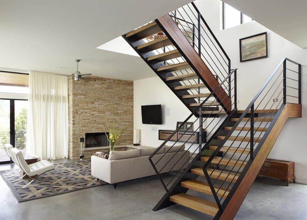 escadas-de-ferro-externas-15-1024x735 Mẫu cầu thang sắt hiện đại và những lưu ý khi thiết kế nội thất