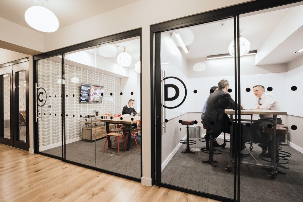 fig1_20150226_london_soho_19_18-12-45-203-1024x683 [Kiến thức] Thiết kế nội thất văn phòng chuẩn đẹp