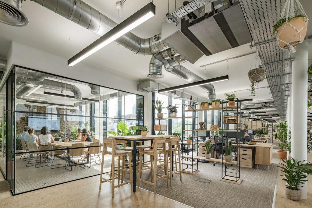 jacada-travel-london-office-5-1024x683 [Kiến thức] Thiết kế nội thất văn phòng chuẩn đẹp