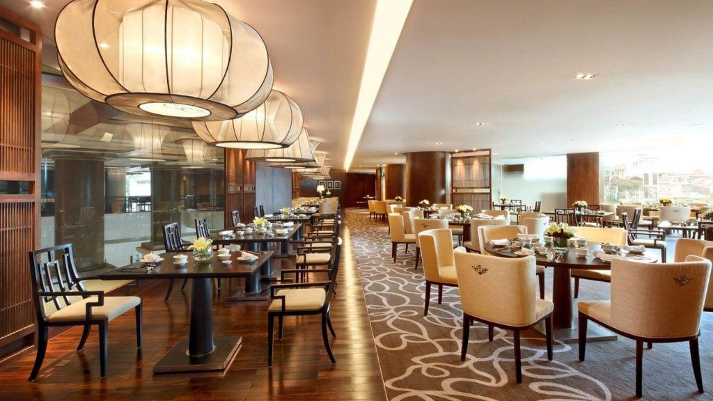 nha-hang-dep-sang-trong-1024x576 [Tổng hợp kiến thức] Thiết kế nội thất nhà hàng