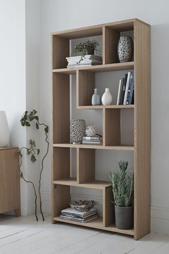 noi-that-phong-tam-gia-co-1 Tủ sách gỗ tự nhiên: Ưu - nhược điểm trong thiết kế nội thất