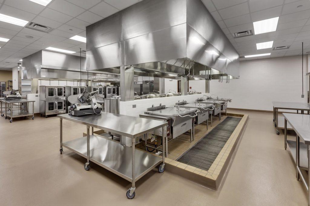 thiết-kế-nội-thất-bếp-nhà-hàng-1024x683 [Tổng hợp kiến thức] Thiết kế nội thất nhà hàng