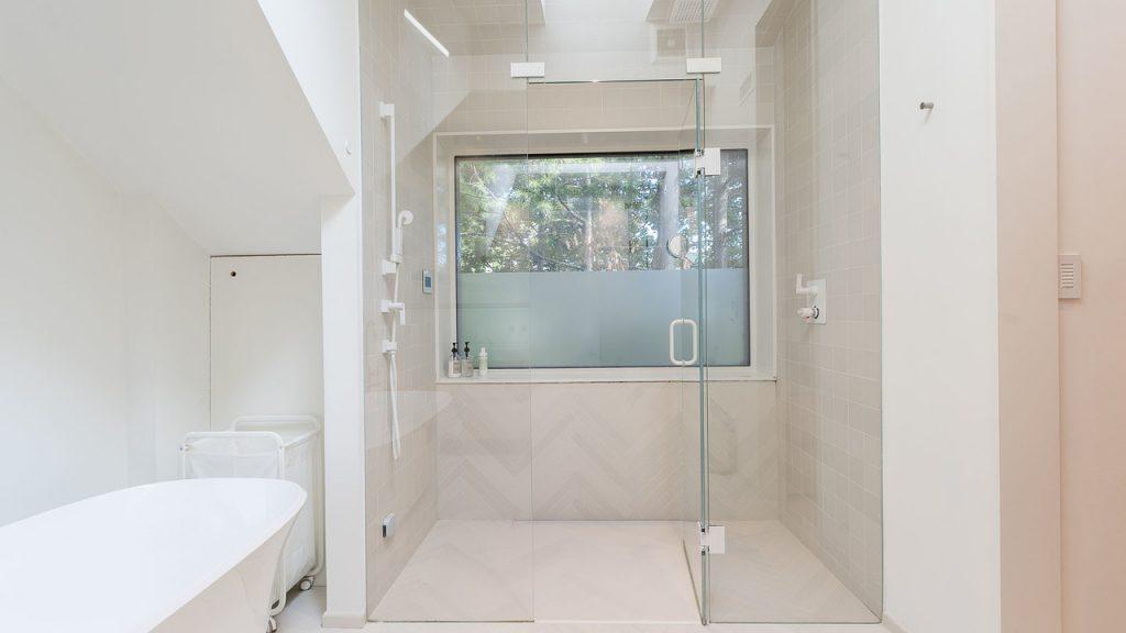 tumblr_phf472pCzc1ulg6zuo1_1280-1024x576 Cách lựa chọn gạch ốp nhà vệ sinh đẹp