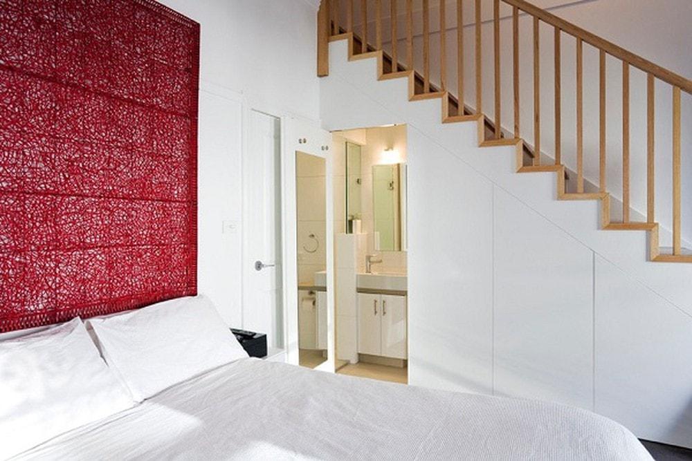 1_88730 Thiết kế nhà vệ sinh dưới gầm cầu thang, nên hay không?