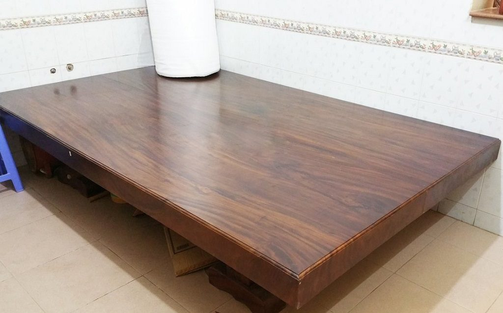 Ban-Ghe-Xep-Gap-Loc-Lam-Furniture-Da-Nang-Thong-Minh-Dep-Oval-Tu-Nhien-6-1-1024x637 Gỗ muồng đen - cái tên lạ nhưng vô cùng giá trị
