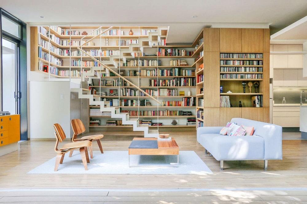1-reatimes-1505383438 Thiết kế mẫu phòng khách đẹp có cầu thang như thế nào?