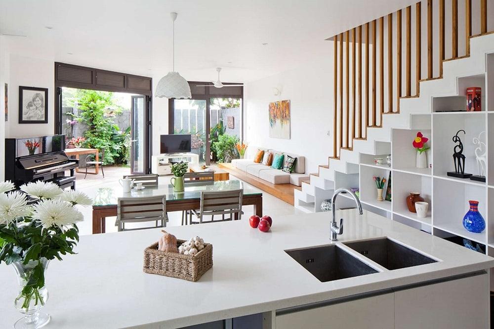 3 Thiết kế mẫu phòng khách đẹp có cầu thang như thế nào?