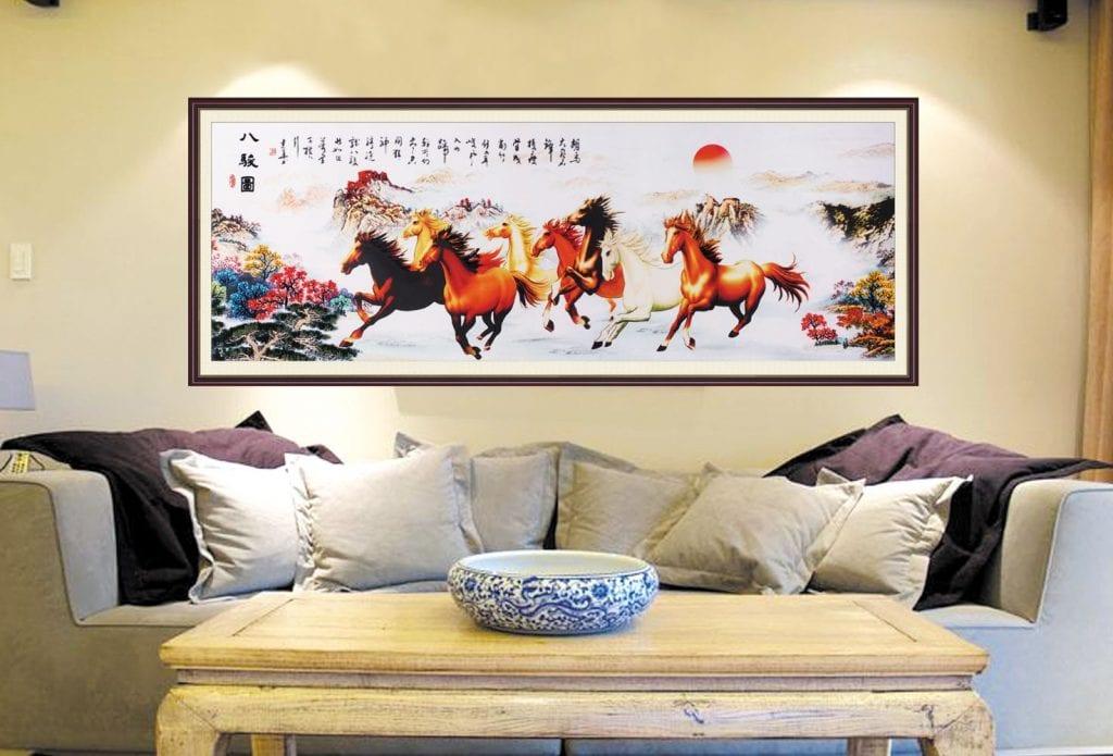 laminat-2-1024x695 Tranh treo tường phòng khách - điểm nhấn thẩm mỹ cho không gian