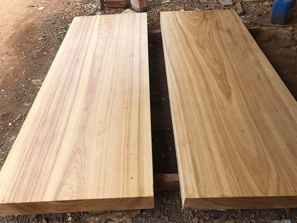 xu-ly-mat-ban Các loại gỗ gõ và những ứng dụng trong cuộc sống
